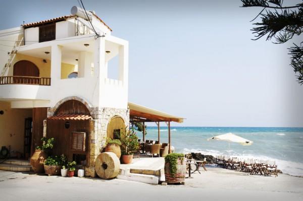 Bar in Kolimbari Crete