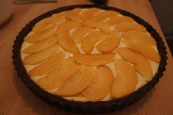 Mascarpone cheesecake with apples - baking