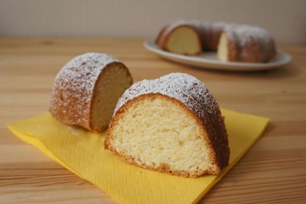 Munavalgekook Estonian egg white cake