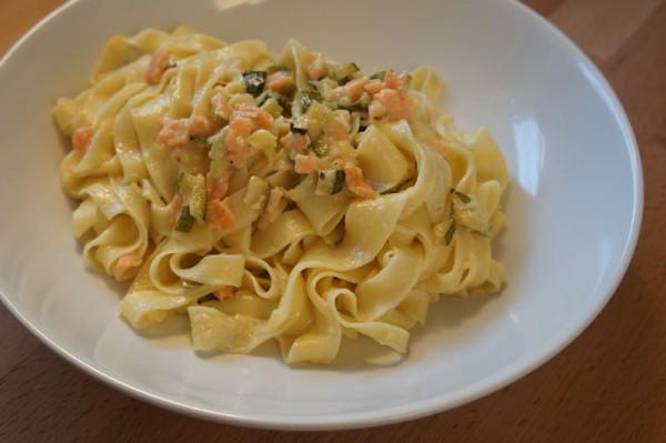 Pasta Zucchine e Salmone