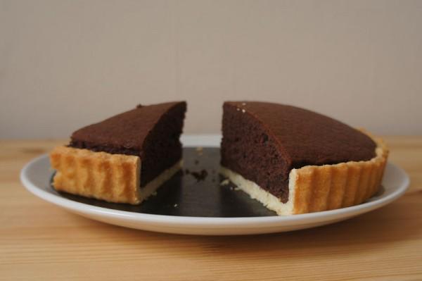 Crostata al cioccolato tre strati - fetta