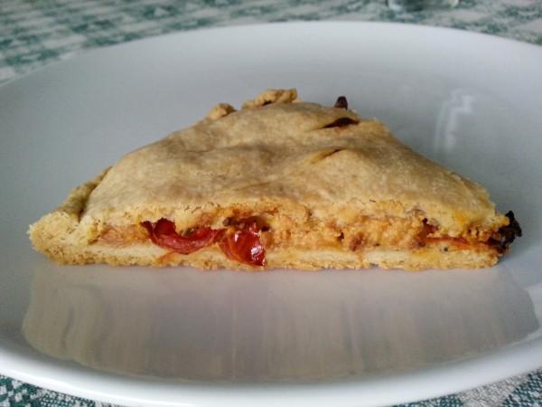 Torta salata feta e pomodorini